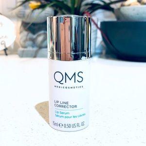 NEW QMS Lip Line Corrector Plumper Anti aging 💫